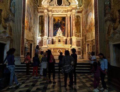 ekiros-ertosa-monumentale-calci-pisa-tour-famiglie-bambini