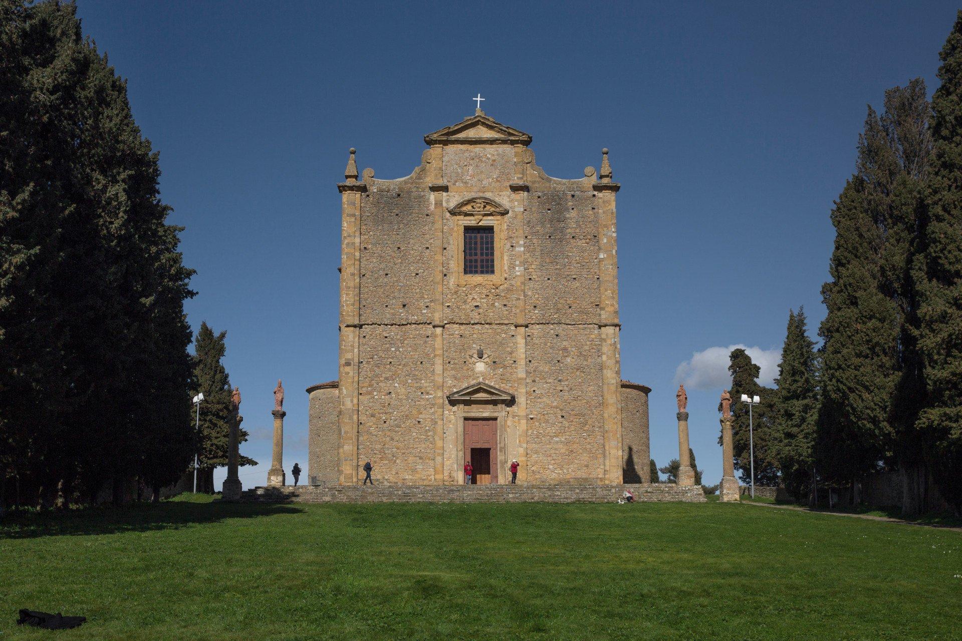 Trekking urbano - Volterra e dintorni - chiesa di San Giusto
