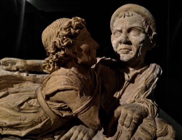 Volterra etrusca - Urna degli Sposi - Museo Guarnacci