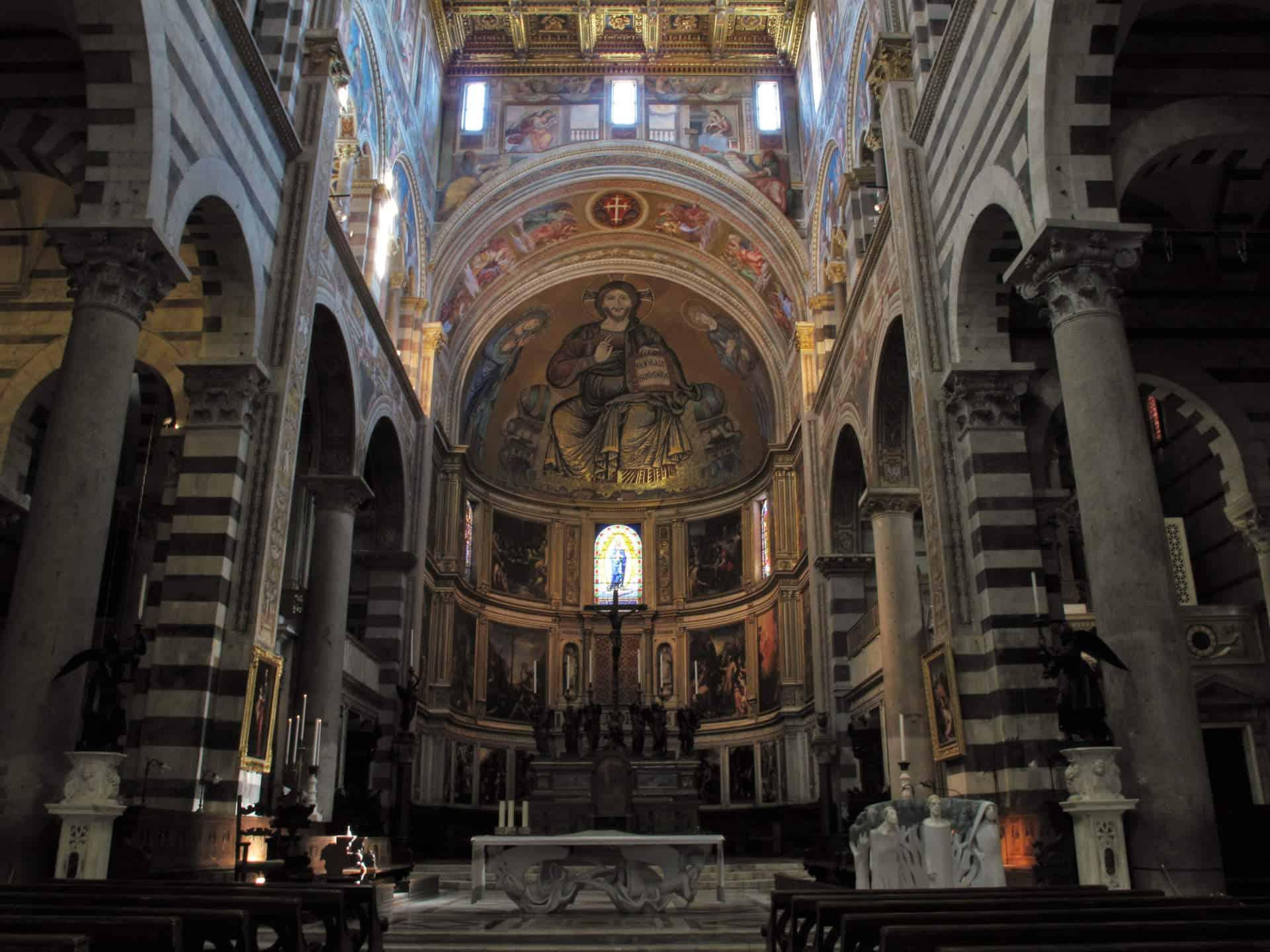 ekiros-visita-guidata-piazza-dei-miracoli-interno-cattedrale
