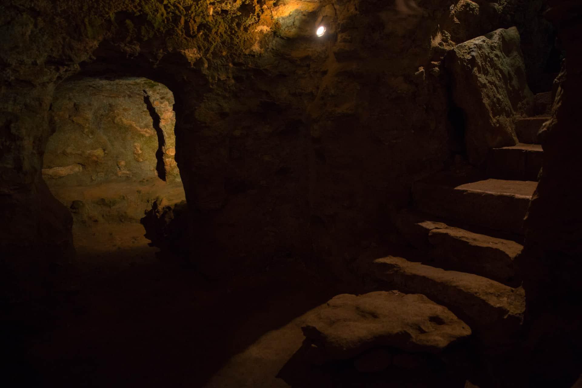 Trekking urbano - Volterra e dintorni - ipogei etruschi