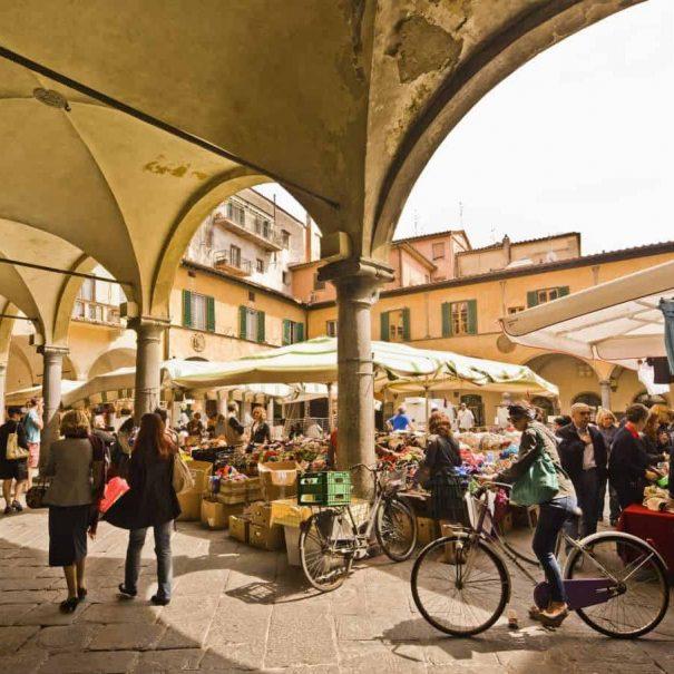 Tour enogastronomico di Pisa - Mercato di Piazza delle Vettovaglie