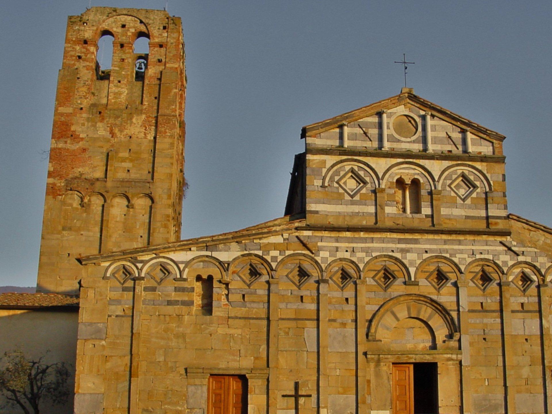 Calci - Pieve di San Giovanni e Sant'Ermolao