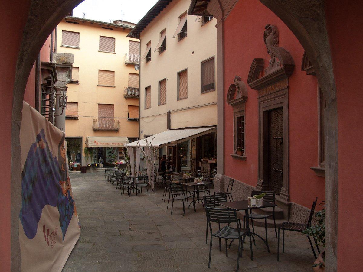 Castelnuovo Garfagnana - Via del borgo