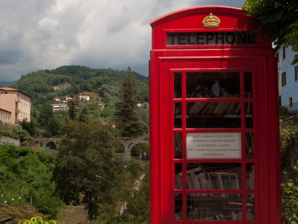 barga - red telephone box